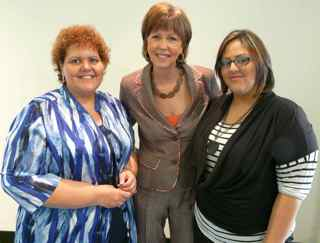 Picture of Gayle Sierens with Jeannette and Jessica