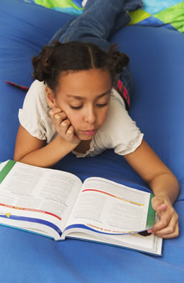 young-girl-studying
