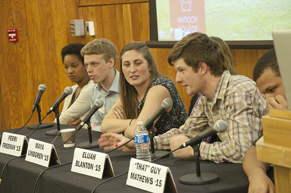 Elijah Blanton '15 tackles a prospective student question at the admitted student visit event last week.