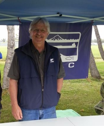 Board member Gary Fandrei operating the booth at Industry Appreciation Day.