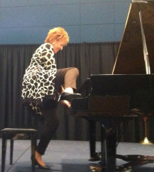 leg on piano