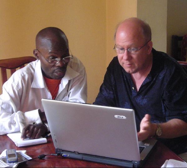 Kato and Steve at computer