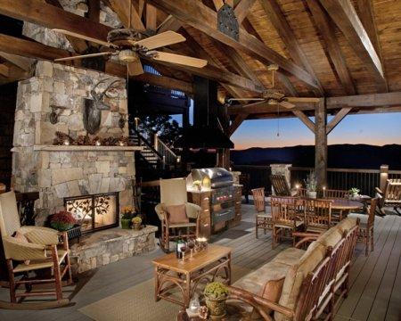 Wild Turkey Lodge Outdoor Grill