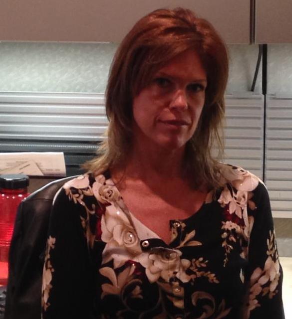 Lori Poole headshot