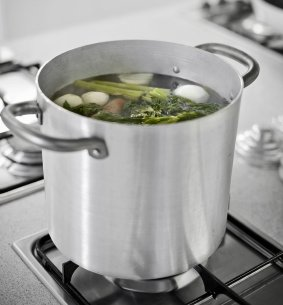 vegetable stock on stove