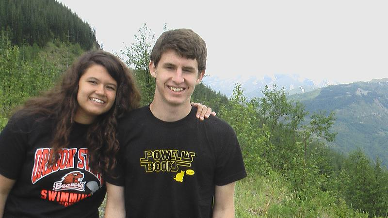 photo of Jack and Abby with their Oregon tshirts
