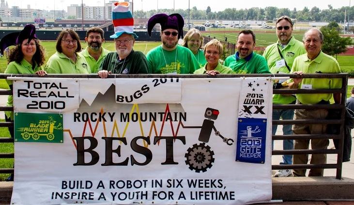 2014 Kickoff Volunteers + Banner