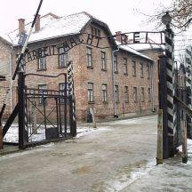 The gate to Auchwitz (Wikipedia)