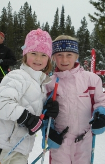 young_skiers