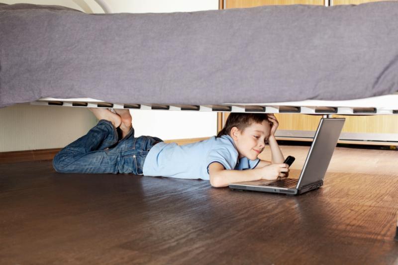 kid under bed filter