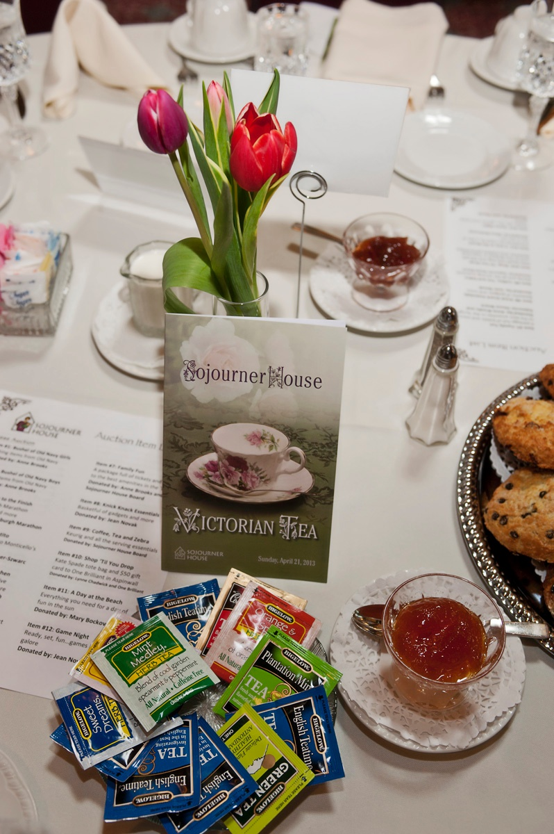 2013 tea table setting