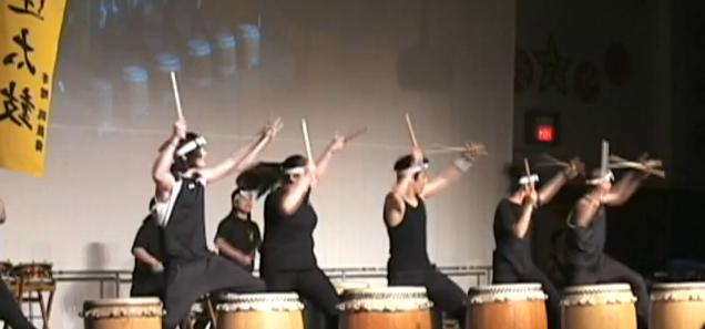 Tomodachi Daiko Drummers