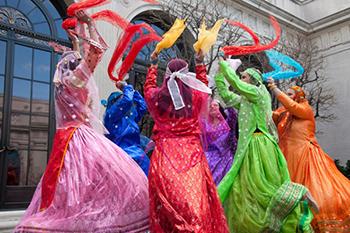Qashqai Scarf Dance
