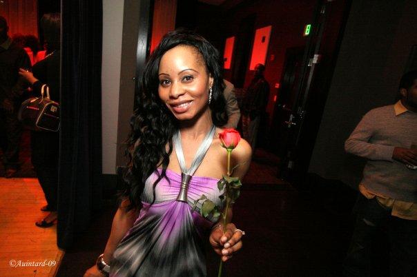 W Girl 2 w Rose