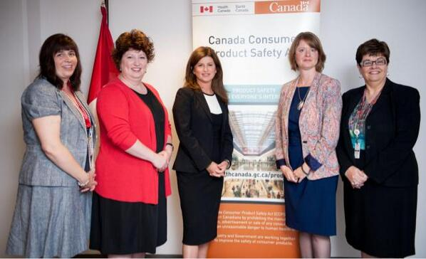 Louise and Pam with Federal Health Minister - Sept 10, 2013