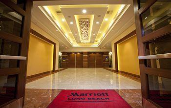 Marriott Long Beach Red Carpet