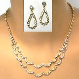 understated rhinestone necklace set
