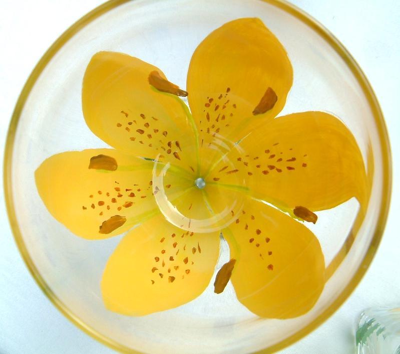 yellow flower wine glass