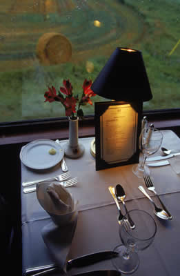 indoors-table-setting.jpg