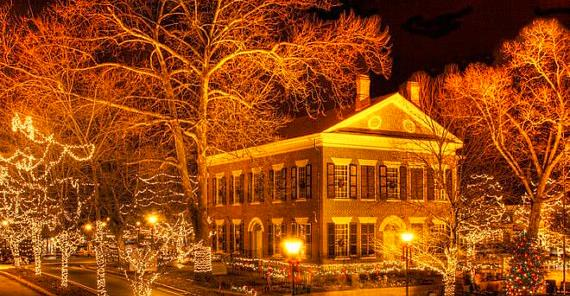 Christmas Town In Georgia Dahlonega.Old Fashioned Christmas Continues Much More Special