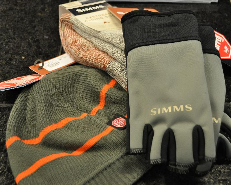 simms socks