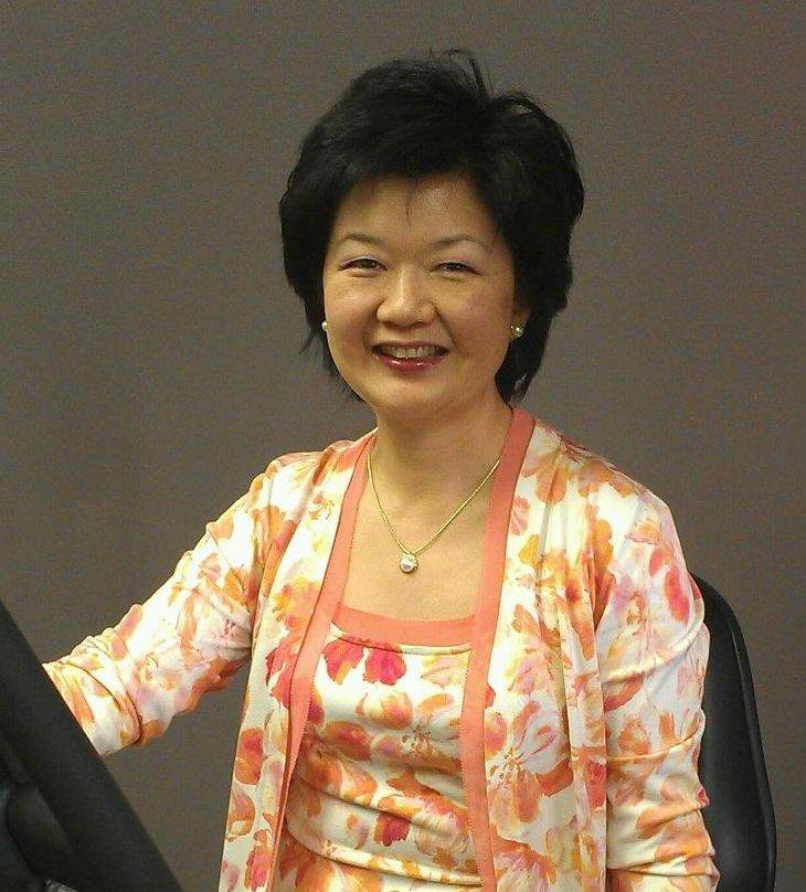 Dr. Kelly Hsu