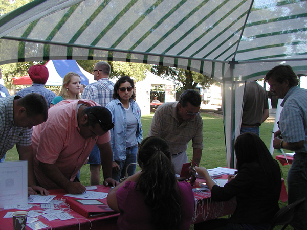 2008 Grape Day registration tent