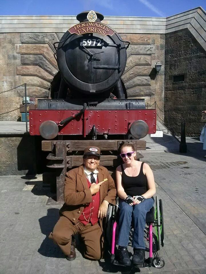 Stephanie at the Wizarding world of Harry Potter