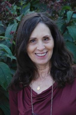Marsha Diane Arnold headshot