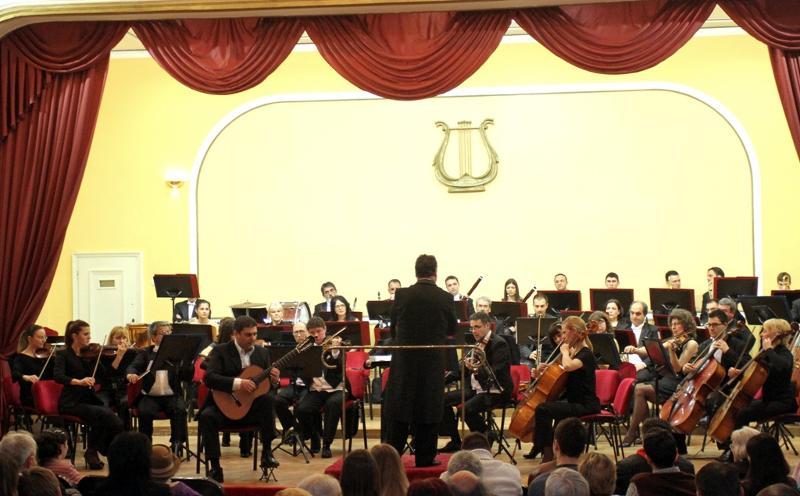 Svilen Simeonov and Nish Symphony