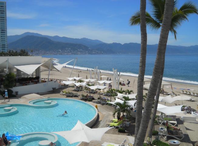 Hilton PVR beach