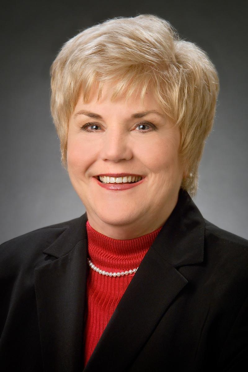 Donna Weaver Headshot