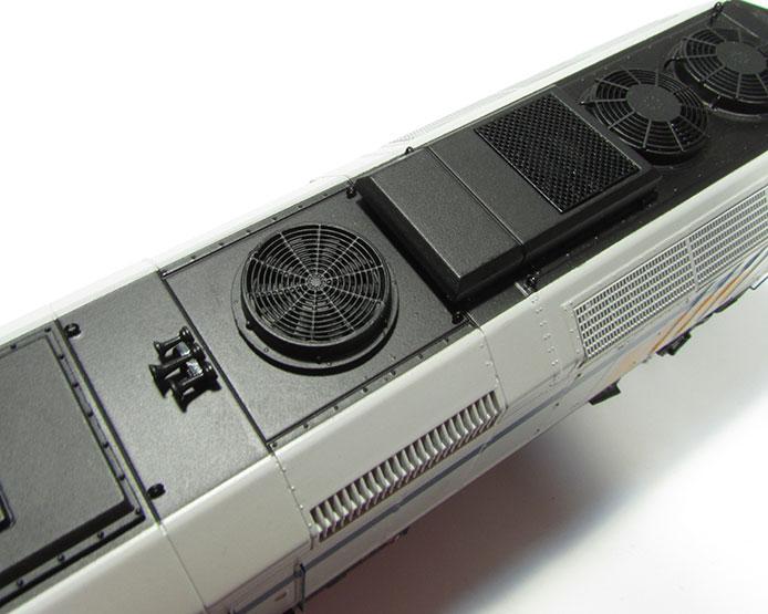 Rapido F40PH-2D detail