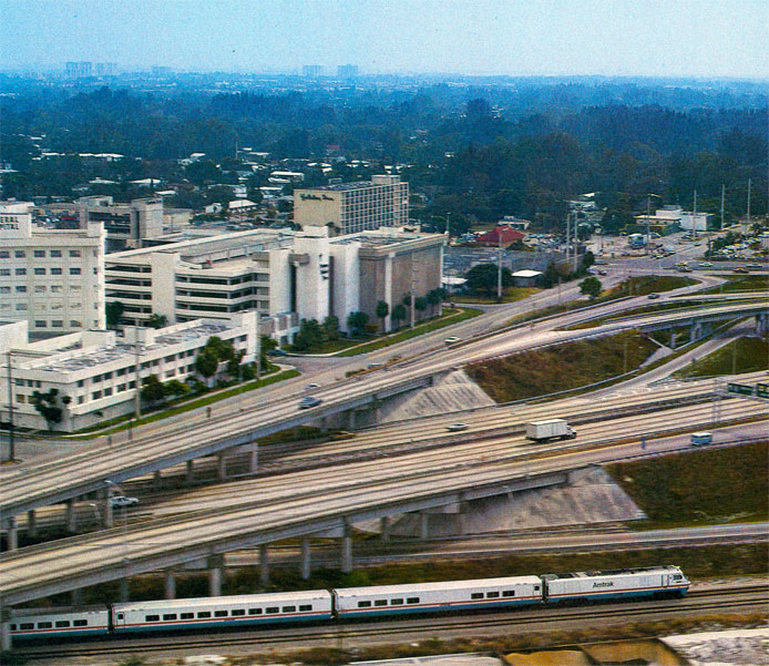Amtrak LRC