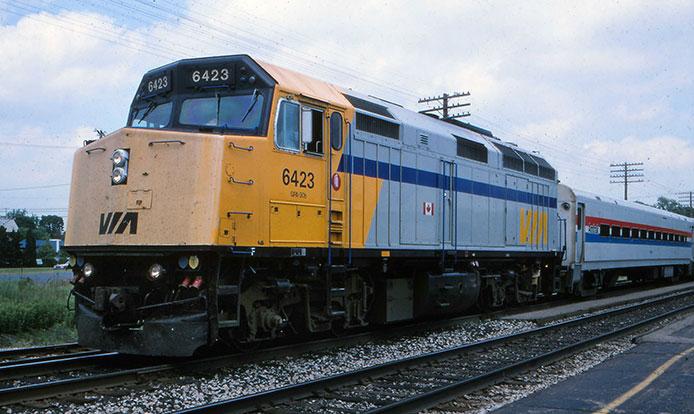 VIA F40PH-2D in Amtrak service