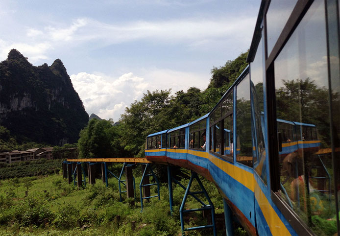 Rapido Feng Yu Caves monorail