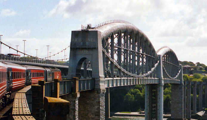 HST on the Royal Albert Bridge