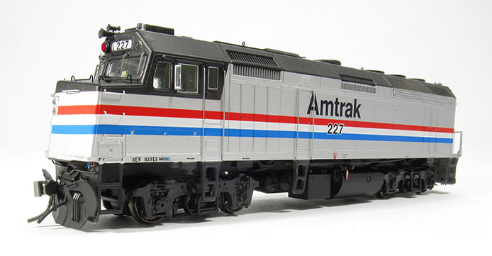 Rapido Amtrak F40PH Phase III