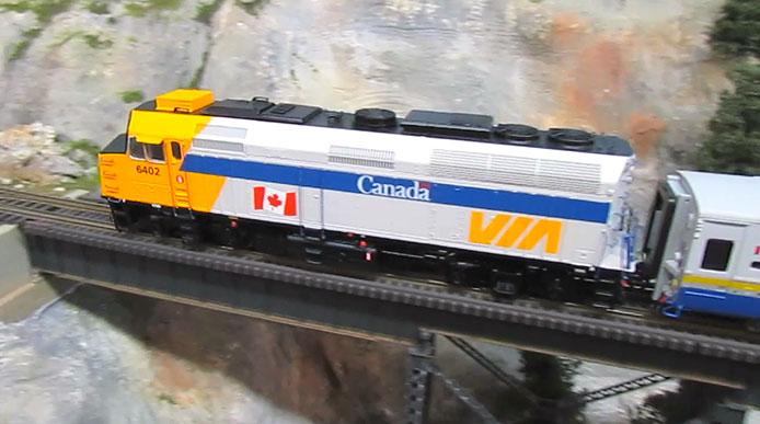VIA Rail Canada F40 Video