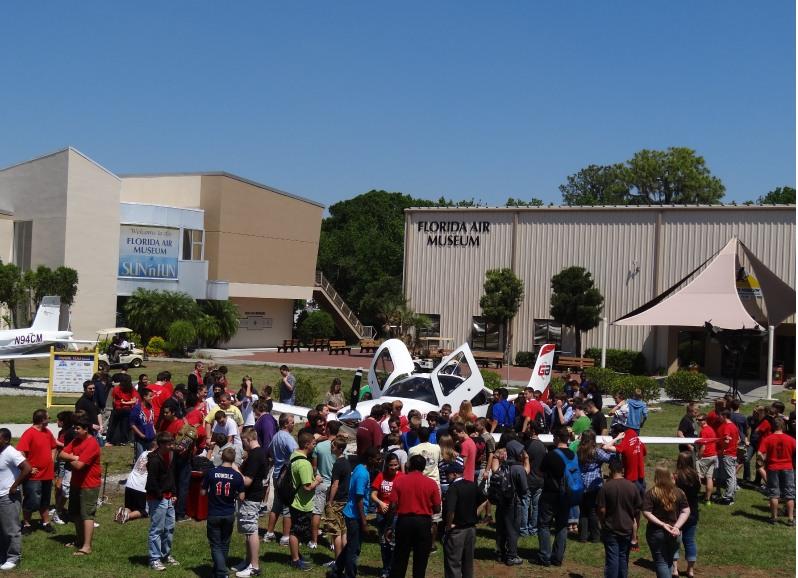Central Florida Aerospace Academy Students surround Cirrus SR20