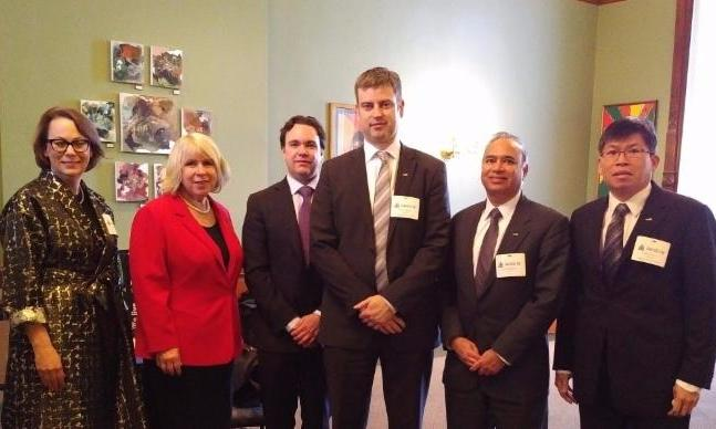 OBIO delegation meeting with Deputy Premier Deb Matthews