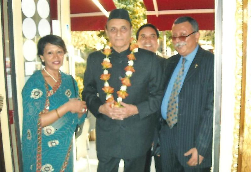 GOPIO honors Dr. Karan Singh in Paris, May 2011