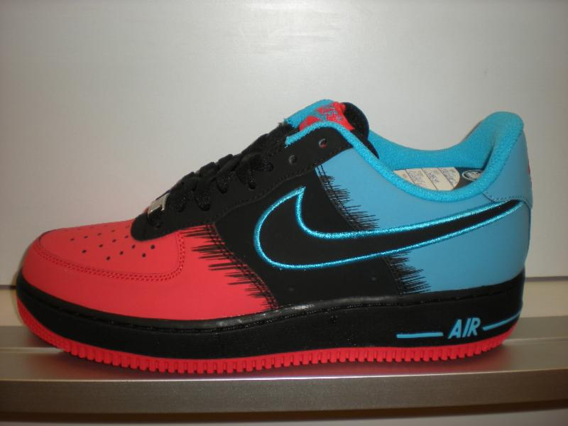 dc14ce10e3e The Spiderman AF1 releases Saturday. Available at one-half off with  purchase of Spiderman Foamposite.