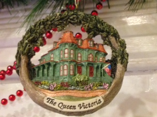 QV Ornament