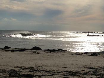 Sep Sunny Waves