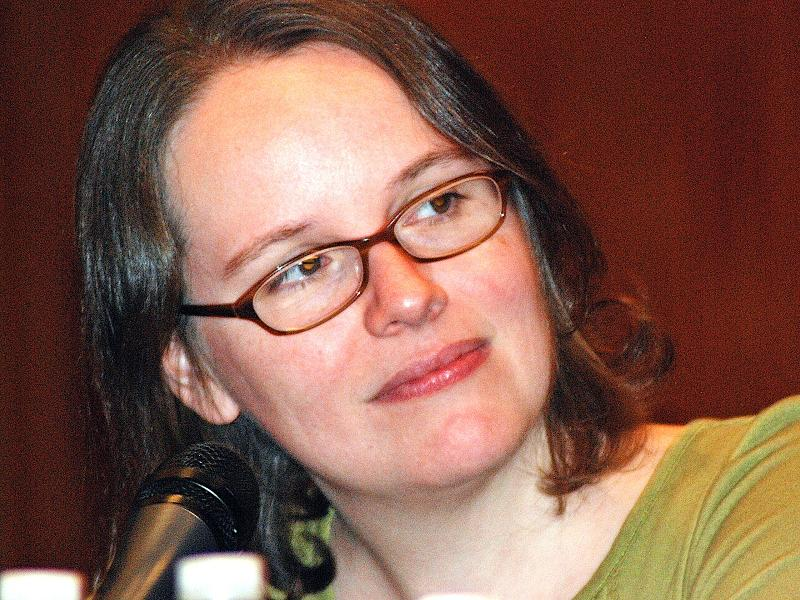 Raina Telgemeier, Author of Drama