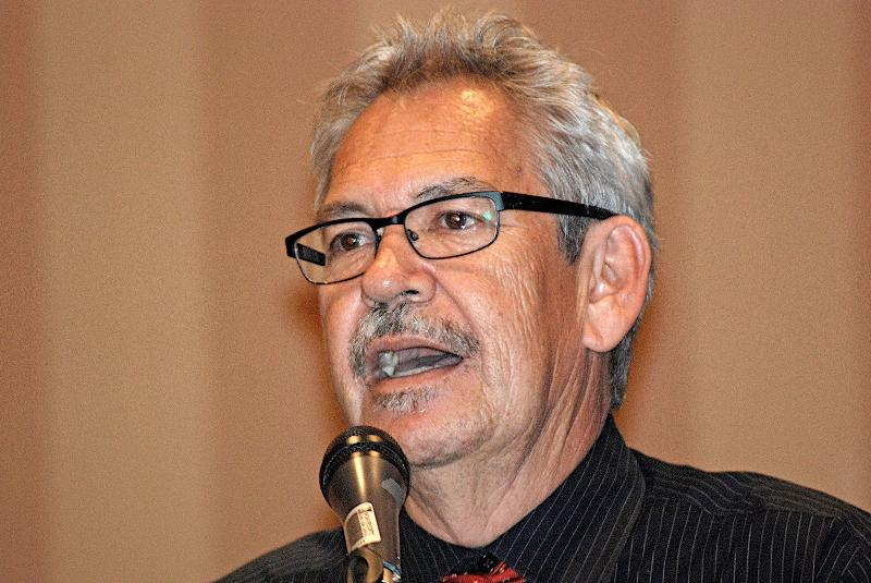 Author Benjamin Alire Saenz