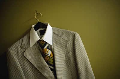 suit-hanger.jpg