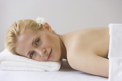 massage-woman-smiling.jpg