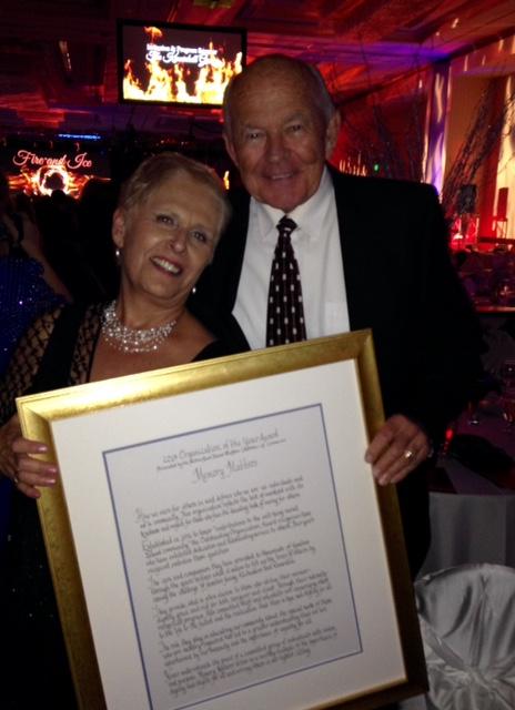 Eddy and Renny Hoyle with Award